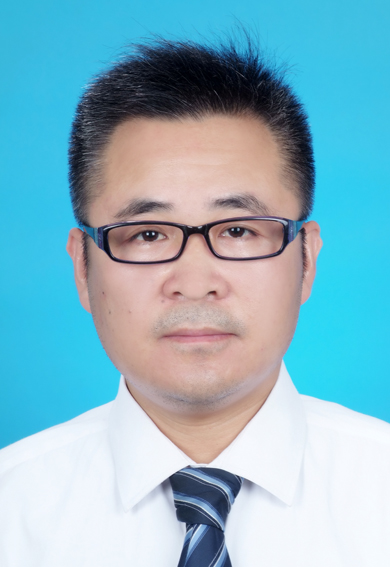 杨宝龙律师