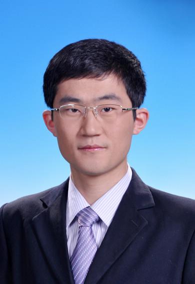 王鸿超律师