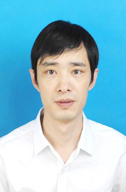 杨东江律师