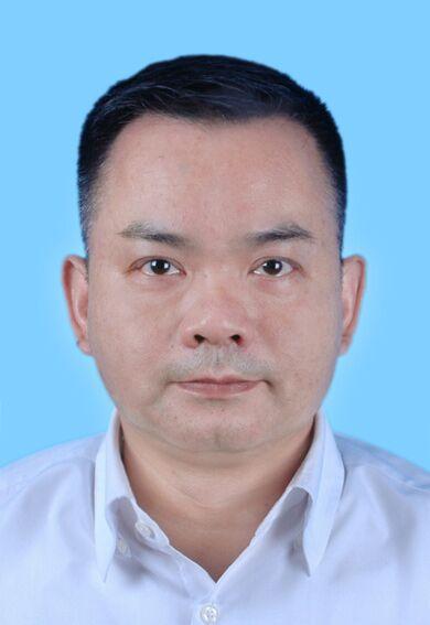 卢震宇律师