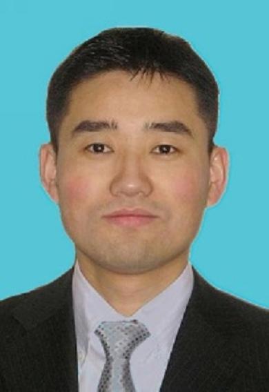 张鹰峰律师