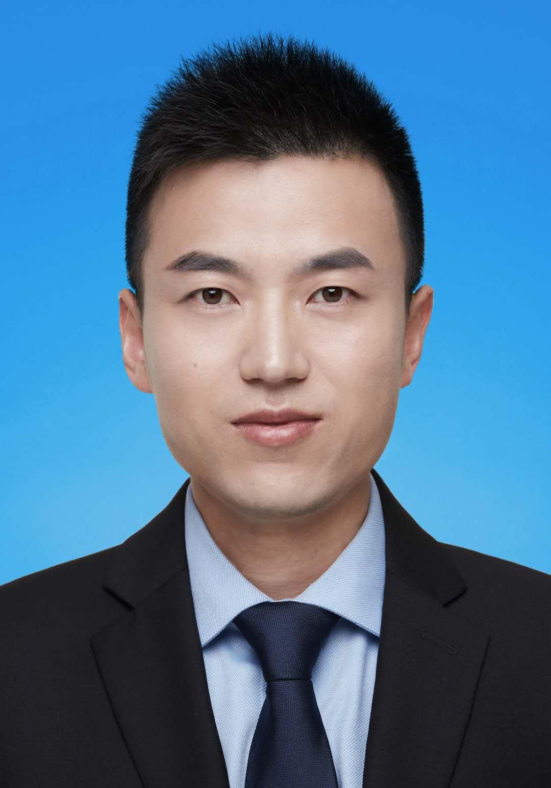 张燕龙律师