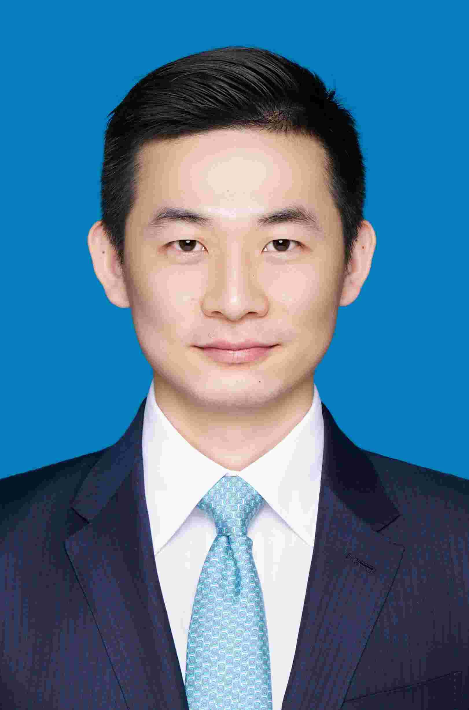 卢磊磊律师